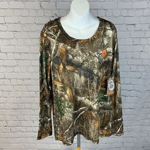 Women's Magellan Outdoor camo shirt size XL